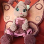 Метелик з плюшевої пряжі